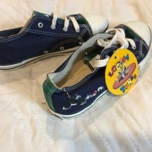 NWT Looney Tunes sneakers runners shoes